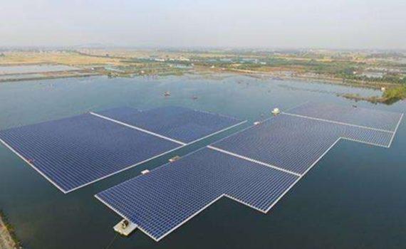 Плавучая электростанция в Китае
